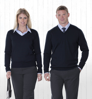 Picture of Gear For Life-WEGMDP-Merino Detailed Vee Pullover - Womens